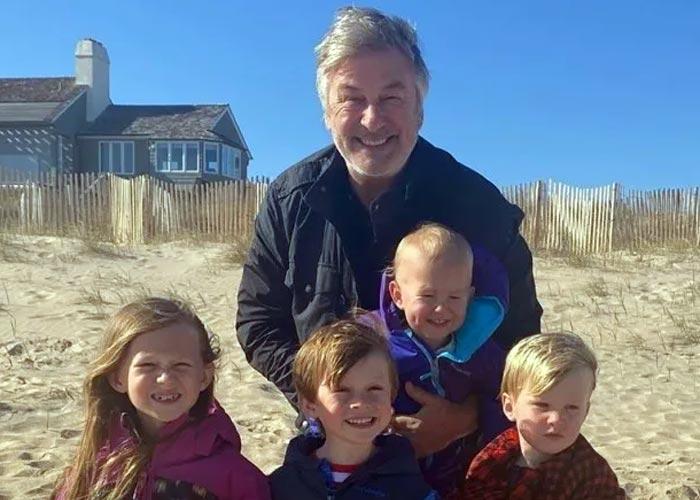 Алек Болдуин с детьми