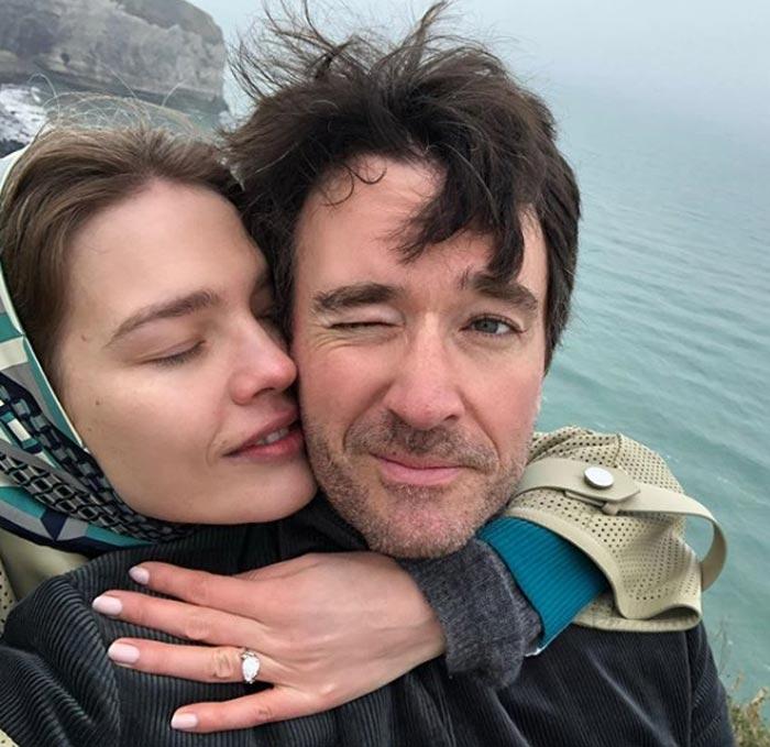 Наталья Водянова с кольцом от Антуана Арно