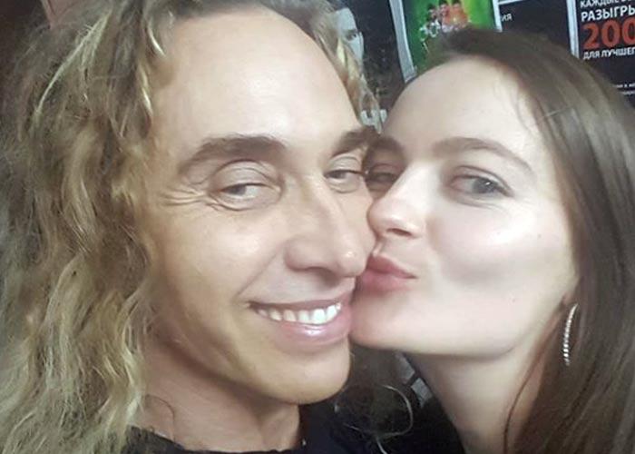 поцелуй Анастасия Шульженко и Сергей Глушко