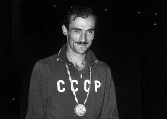 Роберт Шавлакадзе