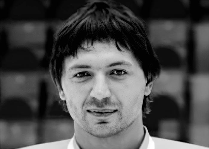 хоккеист Евгений Пупков