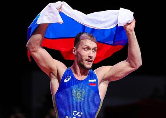 Борец Сергей Емелин