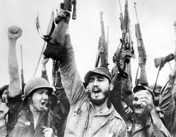 Войска Фиделя Кастро входят в Гавану