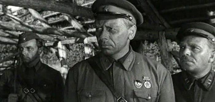 Кадр из фильма Живые и мёртвые 2
