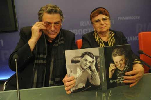 Александр Ширвиндт с женой 3