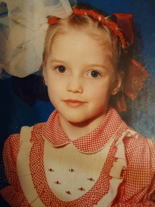 Алина Кизиярова в детстве