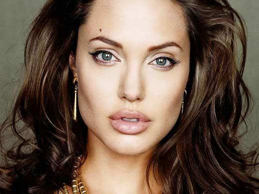 Анджелина Джоли 3