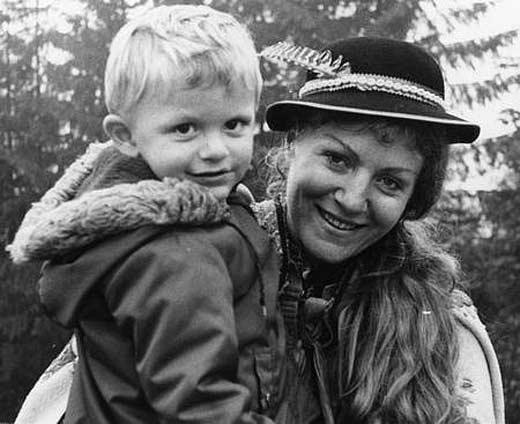 Анна Герман с сыном 3