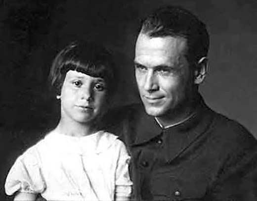 Борис Бабочкин с дочерью Натальей