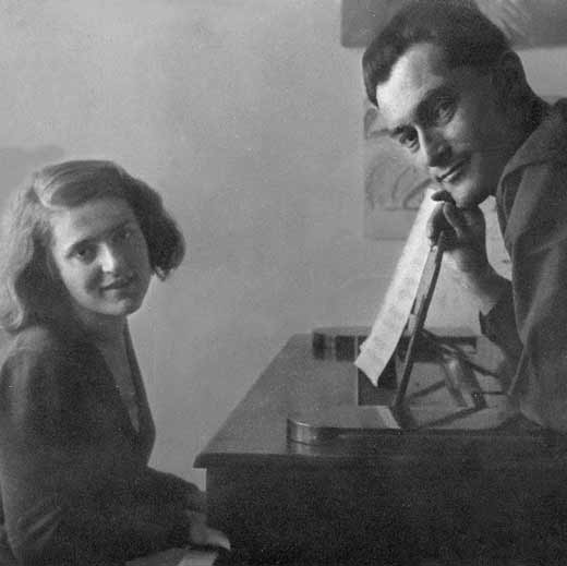 Евгений Петров с женой