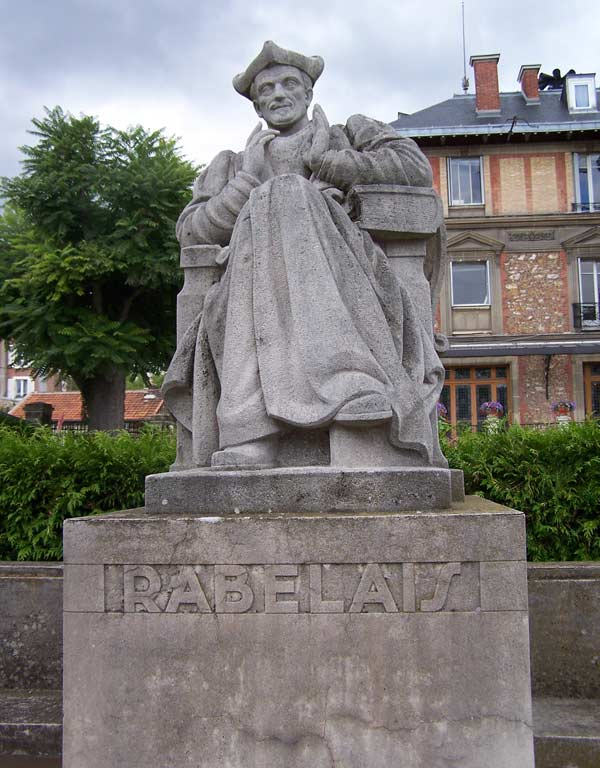 памятник Франсуа Рабле