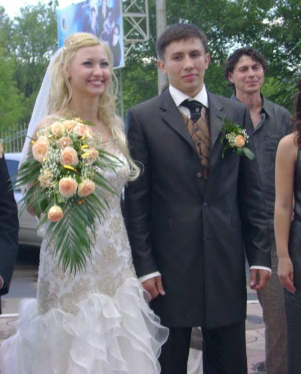 Геннадий Головкин с женой Алиной 2