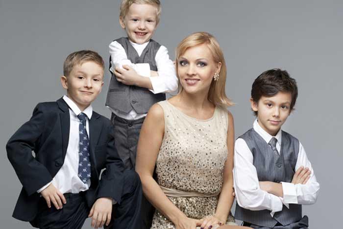 Ирина Сашина с детьми