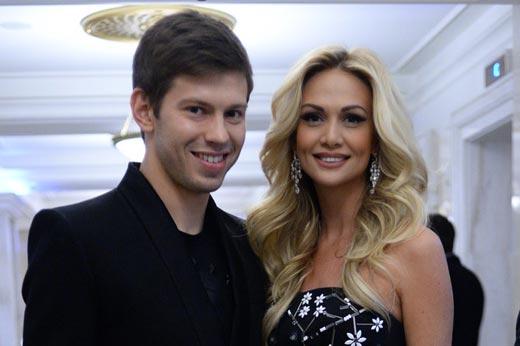 Виктория Лопырева и Федор Смолов 1