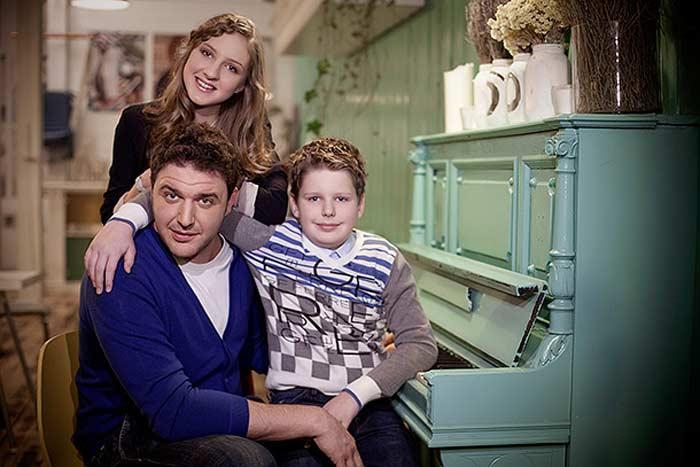 Максим Виторган с дочерью Полиной и сыном Даниилом