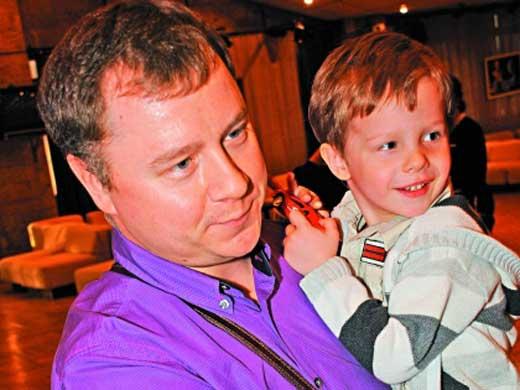 Никанор Никоненко с сыном Петром