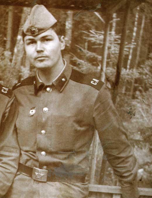 Никас Сафронов в армии
