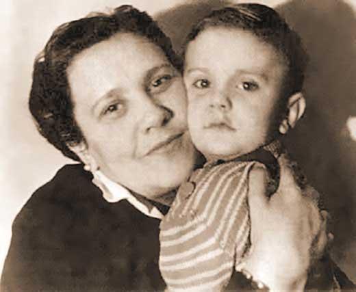 Никита Михалков мама
