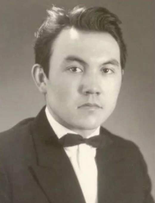 Нурсултан Назарбаев в молодости