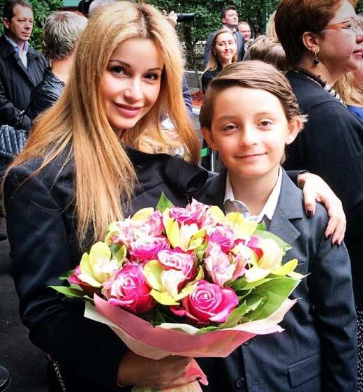 Ольга Орлова и сын Артём 2