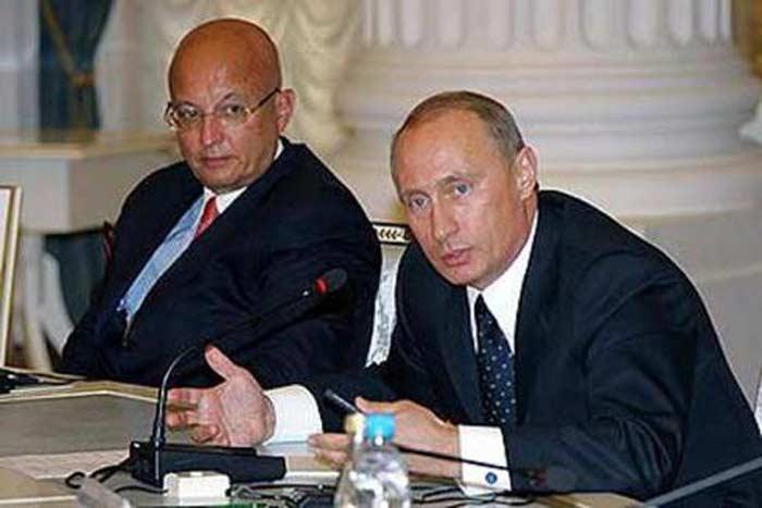 Сергей Караганов и Владимир Путин