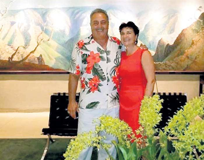 Ваче Мартиросян с женой