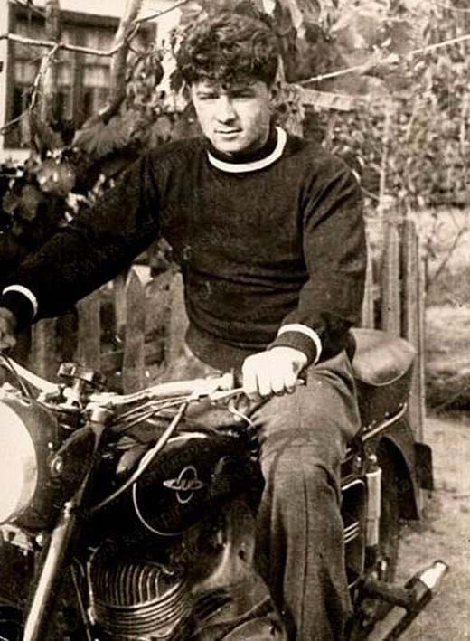 Анатолий Кашпировский в молодости