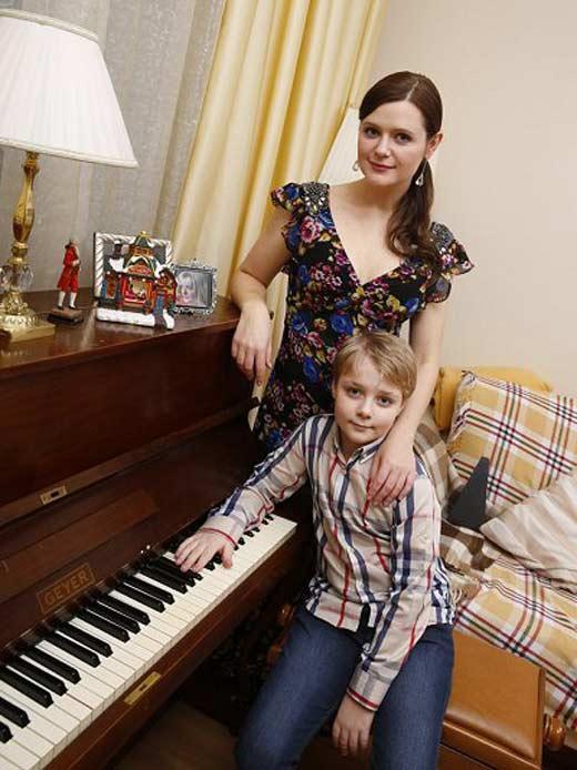 Дарья Калмыкова и сын Макар