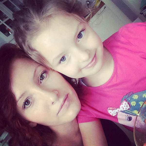 Елизавета Лотова с дочерью Василисой