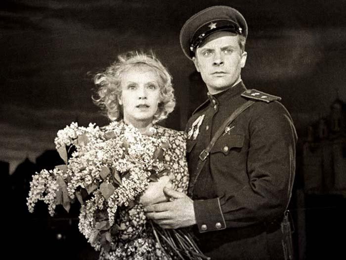 Евгений Самойлов В шесть часов вечера после войны