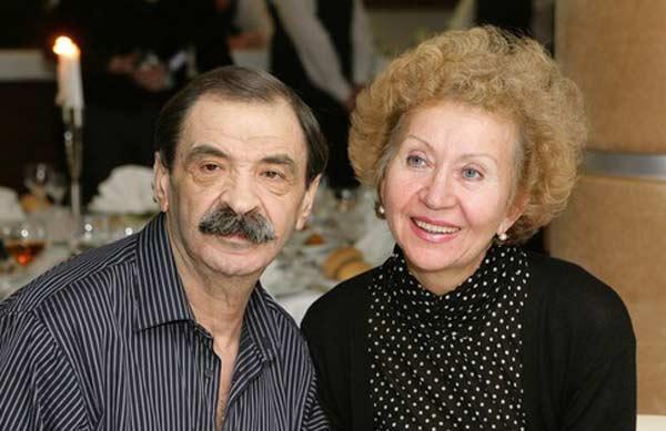 Илья Олейников и жена Ирина 2
