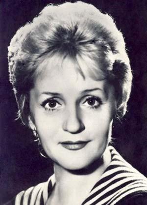 Клара Румянова
