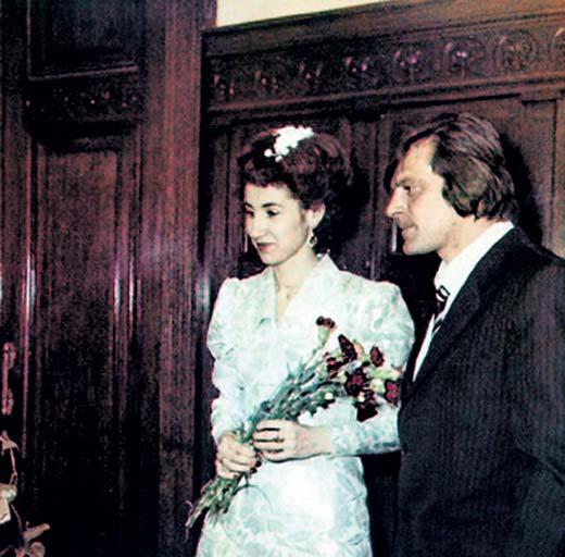 Лариса Копенкина и первый муж Борис Беззубов