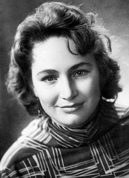 Людмила Хитяева в молодости