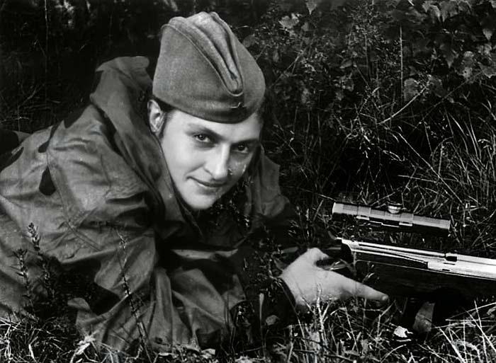 Людмила Павличенко на фронте 3