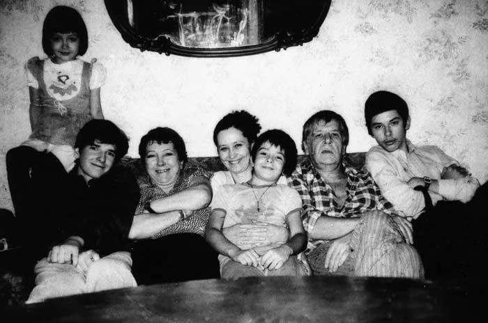 Николай Волков с семьей