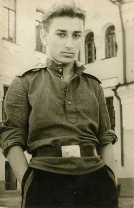 Яков Джугашвили в юности