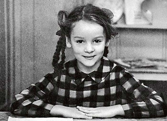 Жанна Эппле в детстве
