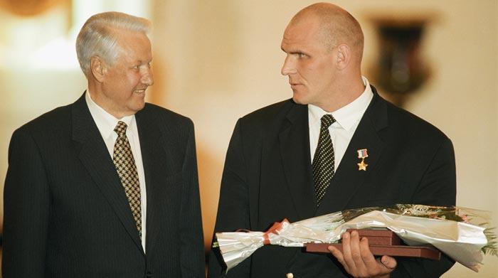 Александр Карелин и Борис Ельцин