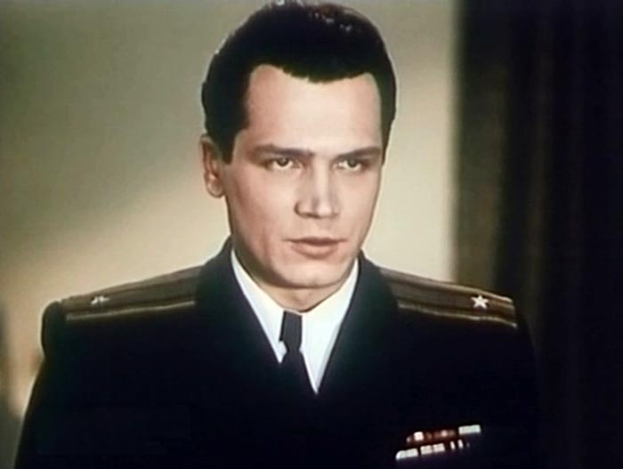 Анатолий Вербицкий Командир корабля