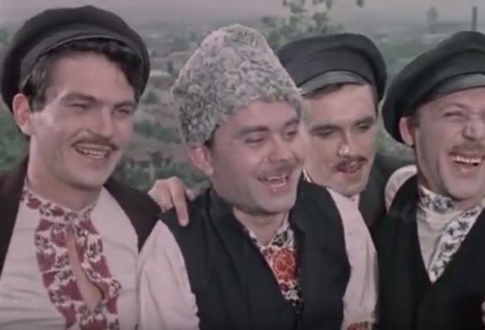 Анатолий Юрченко За двумя зайцами