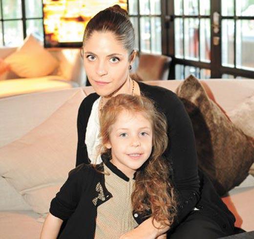 Анна Нахапетова и дочь Полина