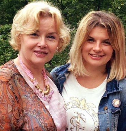 Анна Шерлинг и Тамара Акулова