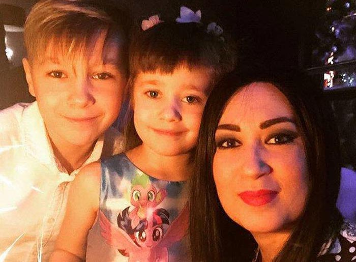 Дария Воскобоева с детьми