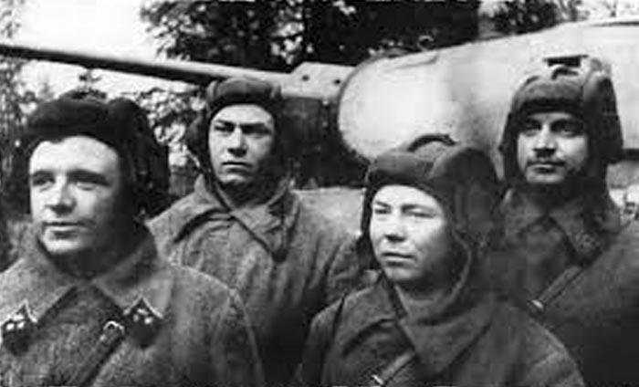 Дмитрий Лавриненко со своим экипажем
