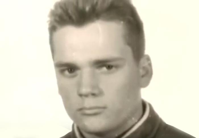 Дмитрий Миллер в юности