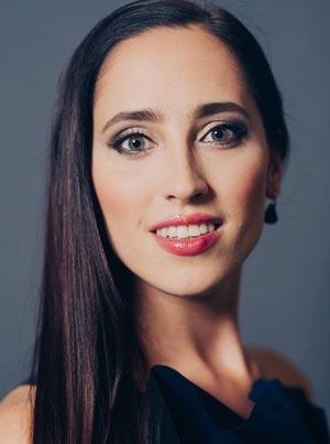 Элина Нечаева