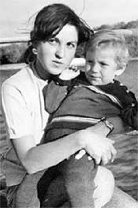 Фатима Кладо с сыном Антоном