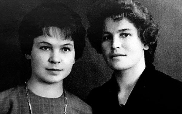 Галина Кулакова и сестра Лида