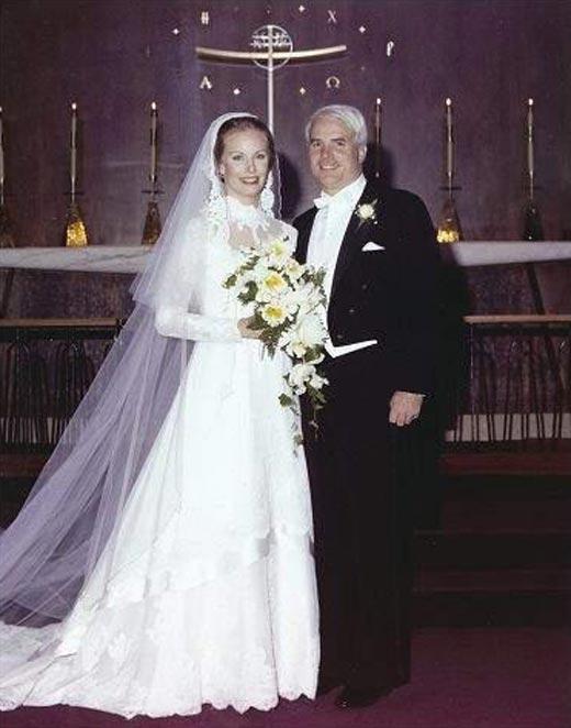 Джон Маккейн и вторая жена Синди Лу Хенсли